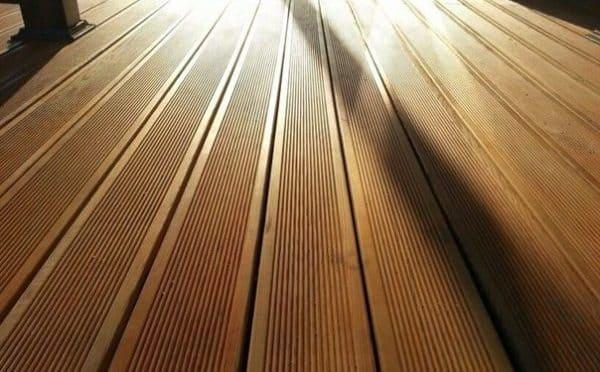 Террасная доска из сибирской лиственницы фото